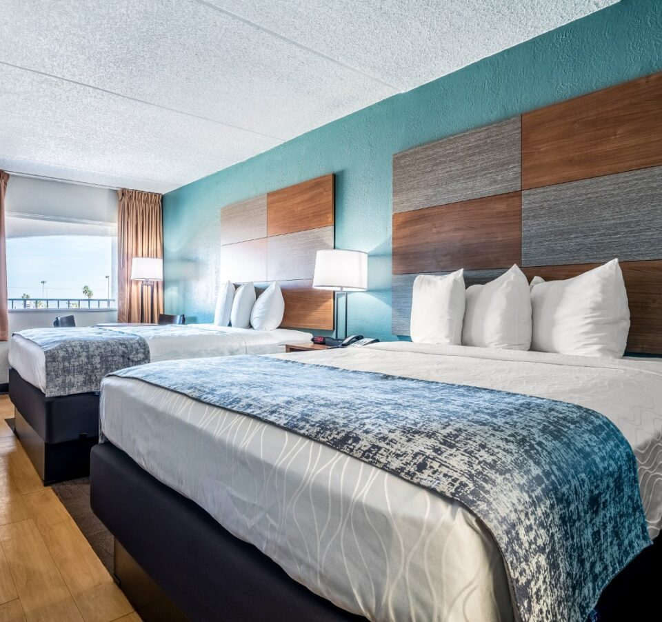 2 Queen Beds Accessible Economy